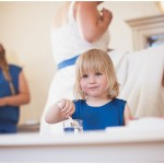 "ALT=""little girl, wedding, getting ready, estonia, katrin press photography"""