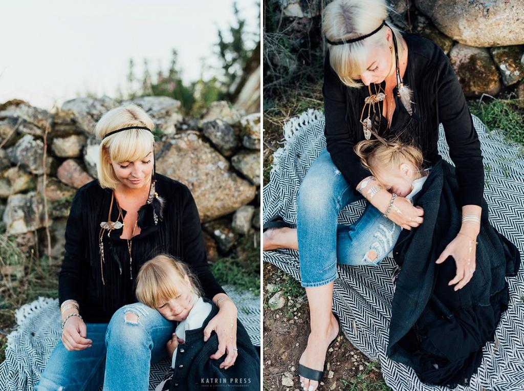 katrin-press-photography-family-portrait-estonia-field-summer