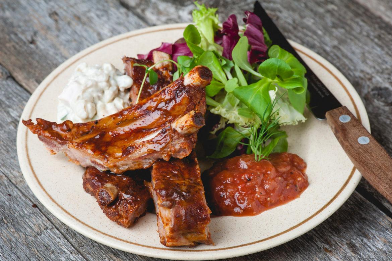 "ALT=""grill, ribi, liha, läikiv, mahlane, salat, rannarootsi, toidufoto, katrin press"""
